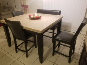 Beautiful Dining Table for Sale in Saint Cloud, FL