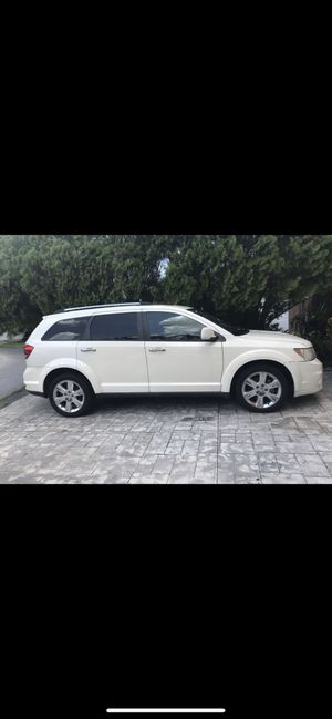 2012 Dodge Journey fully loaded for Sale in Miami, FL