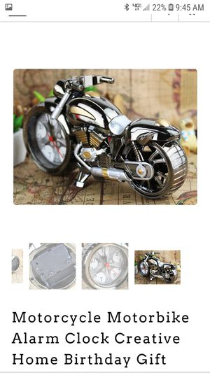 Plastic motorcycle alarm clock ( Batteries not included ) for Sale in Mount Prospect, IL