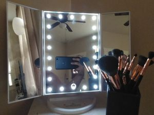 Impressions vanity trifold led mirror for Sale in Houston, TX