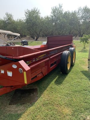 New holland spreader for Sale in Livingston, CA