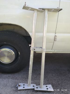 Aluminum ladders racks for vans for Sale in Pompano Beach, FL