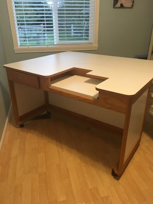Sewing/crafting Table w/ extension for Sale in Puyallup, WA