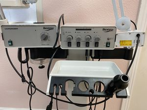 Facial steamer with mag light for Sale in Hesperia, CA