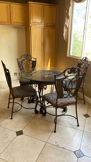 Kitchen table for four for Sale in Bonita, CA