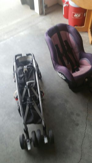 Car seat and stroller for Sale in Topeka, KS