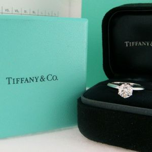 U3874 TIFFANY DIAMOND ENGAGEMENT RING 0.81CT G/VS1 LADIES WEDDING BAND for Sale in Palm Springs, CA
