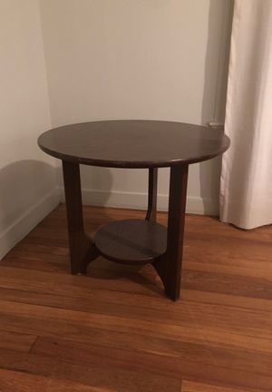 End table for Sale in Austin, TX