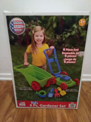 Kids 6 pc. Plastic Gardener set Christmas Birthday for Sale in Rancho Cucamonga, CA
