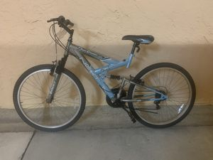 BICYCLE NEXT 18 SPEED EXCELLENT CONDITION for Sale in Miami, FL