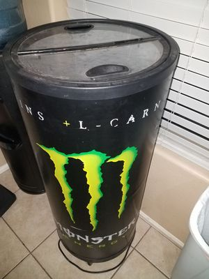 Electric monster cooler!! for Sale in Phoenix, AZ