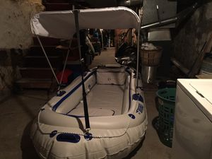 Mercury outboard motor 2.5 hp for Sale in Wilmington, DE
