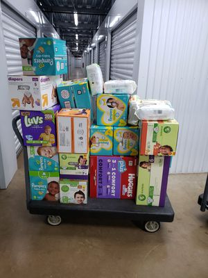 3-4-5-and 6 years old diapers baby for Sale in Kennesaw, GA