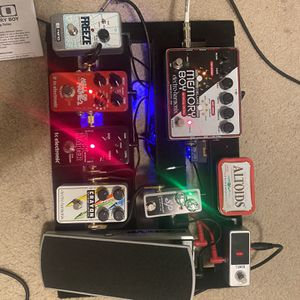 Guitar Pedal Board for Sale in San Antonio, TX