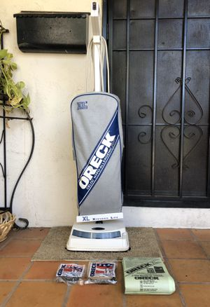 Oreck Hypo Allergenic XL Vacuum Cleaner w/ Extras for Sale in El Cajon, CA