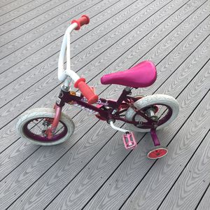 """12"""" kids bike with training wheels for Sale in Vancouver, WA"""