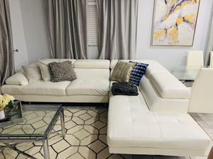 Sectional from city furniture for Sale in Pompano Beach, FL