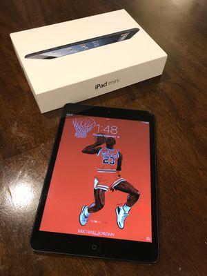 iPad Mini 1 (64GB) + Bluetooth Headphones for Sale in San Diego, CA