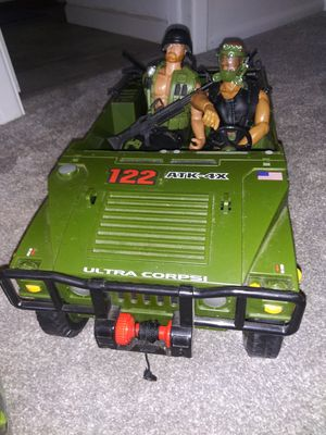 """2000 Lanard Toys Jeep with 2 12"""" figures for Sale in Aurora, CO"""