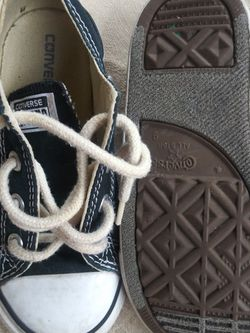 Converse Soze 9 Barely use $20 for Sale in Balch Springs,  TX
