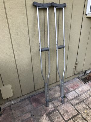 """Cardinal Health Adjustable Axillary Crutches Thermoplastic Rubber Padding - 300 lb - Tall Adult / 5.10 to 6'6""""/ 1 Pair for Sale in Portland, OR"""