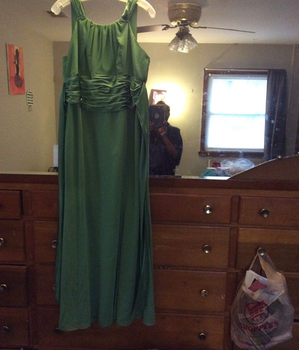 Size 16 wedding formal gown
