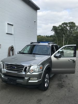 2008 Ford Explorer sport track LIMITED for Sale in Marlborough, MA