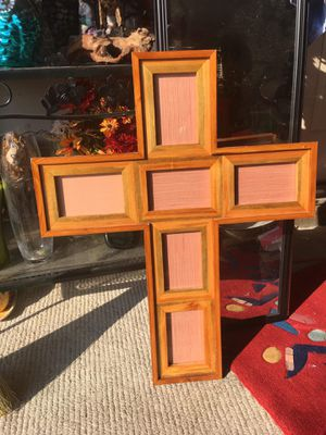 """One brand new hand made cross photo frame size 4/6"""" for Sale in Montgomery, AL"""