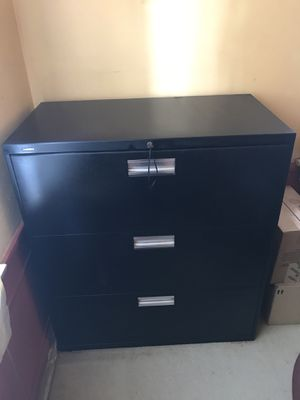 HON Metal File Cabinets (2). Black. for Sale in Los Angeles, CA