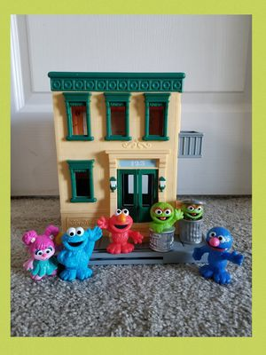 Sesame Street 123 Mr. Hoppers Store House with lot of figures for Sale in Sanford, FL