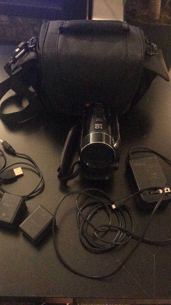 Canon Vixia HF M50 Camcorder