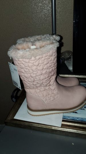 Faux fur boots for girls size 13 for Sale in Auburn, WA