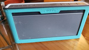 Bose Soundlink III with protection sleeve for Sale in Boston, MA