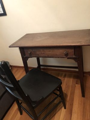 Rustic Desk and Chair for Sale in Fairview, PA