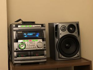 Aiwa stereo speakers set 100 watts with TBass bass boost for Sale in Washington, DC