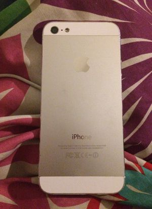 iPhone 5 for Sale in Nashville, TN