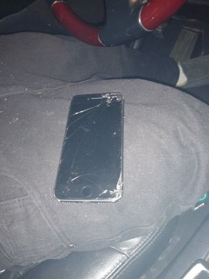 IPhone8 AT&T for Sale in Moreno Valley, CA
