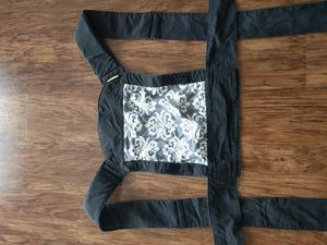 Infantino Baby Carrier/Wrap for Sale in Alexandria, VA
