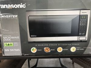 New Panasonic Microwave $100 for Sale in Santa Fe Springs, CA