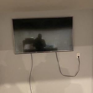 55 Inch Lg Tv for Sale in Reynoldsburg, OH