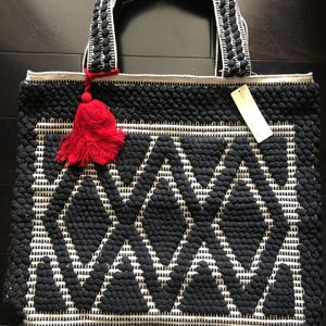 Brand New Extra Large Black And White Woven Market Tote Travel Bag for Sale in San Diego, CA