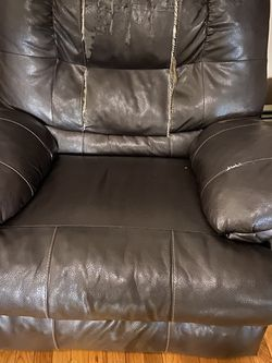 Old Comfy Rocking Recliner for Sale in Smithfield,  RI