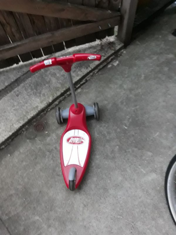 VERY NICE TRICYCLE BIKE FOR SALE