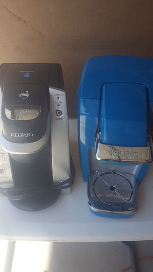 Two keurig machines for parts clean for Sale in Los Angeles, CA