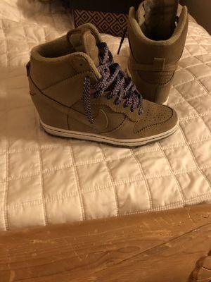 Nike women's shoes for Sale in Las Vegas, NV