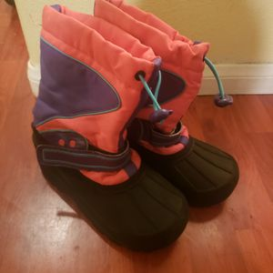 Girls Youth Snow Boots Size 1 for Sale in Baldwin Park, CA