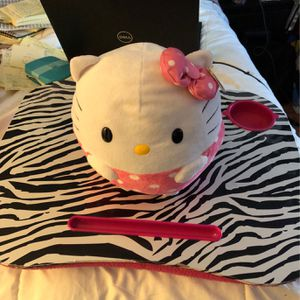 Beanie Ballz 4 Inch One New Hello kitty for Sale in Winfield, IL