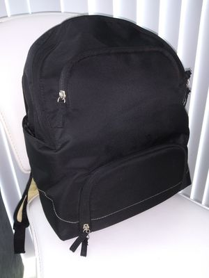 MEDELA BREAST PUMP DOUBLE ELECTRIC BACKPACK for Sale in Miami, FL