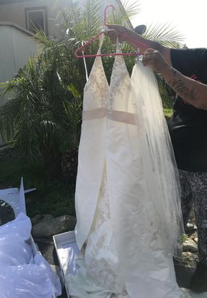 Wedding dress for Sale in Pomona, CA
