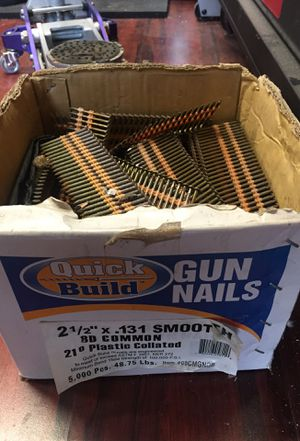 "2-1/2"" 8D common nails collated 3/4 of box for Sale in Long Beach, CA"